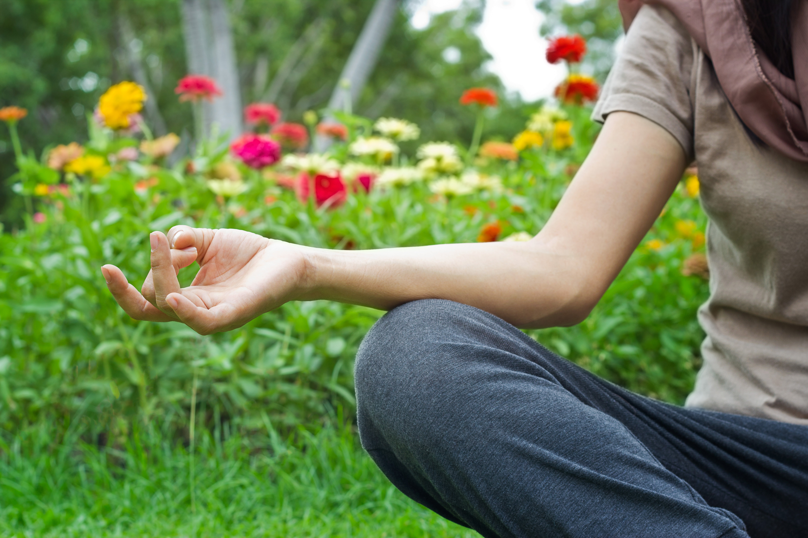 meditation_garden_woman